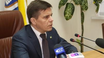 Сухомлин досі чекає, що його заступник Ткачук звільниться сам
