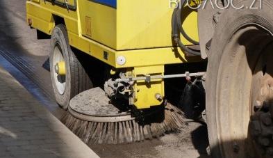 Нову техніку для прибирання Житомира покажуть наприкінці травня