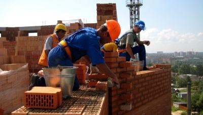 5200 гривень становитиме заробітна плата у будівництві, що виконується за кошти міського бюджету
