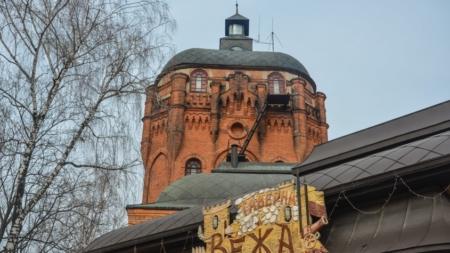 Фотоекскурсія вулицею Фещенка-Чопівського: від найдавнішої пам'ятки – до сучасних споруд