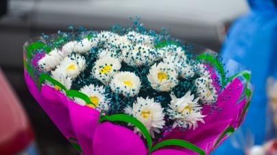 Понад 25 тисяч гривень витратили на квіти для покладань та урочистостей