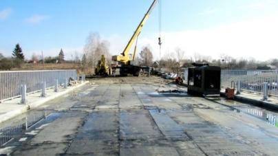 Проїзд транспорту через міст біля села Рудні-Пошти планують відновити 9 березня