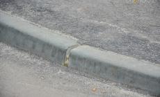 Проти бордюрів: житомиряни просять зробити пішохідні переходи та зупинки доступними