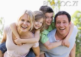 Майже 90 % дітей-сиріт та позбавлених батьківського піклування  перебувають у сімейних формах виховання