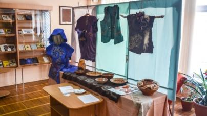 У Житомирі репрезентували унікальну виставку «Прописані джерела» (ФОТО)