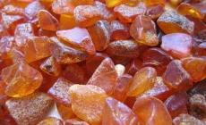 В ОДА анонсували продаж 200 дозволів на видобуток бурштину