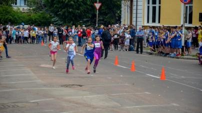 Олімпійський день у Житомирі: змагалися майже 700 бігунів (ФОТО)