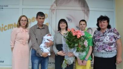 Дванадцята дитина народилася у багатодітній сім'ї Бодомерів із Житомира (ФОТО)