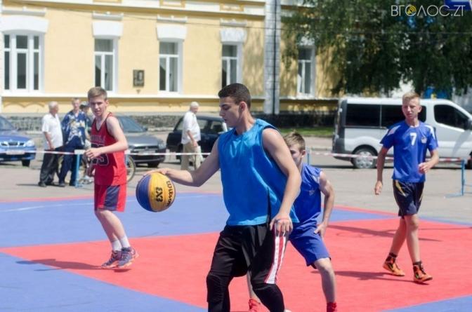 У День молоді у Житомирі завершився етап чемпіонату України зі стрітболу (ФОТО)