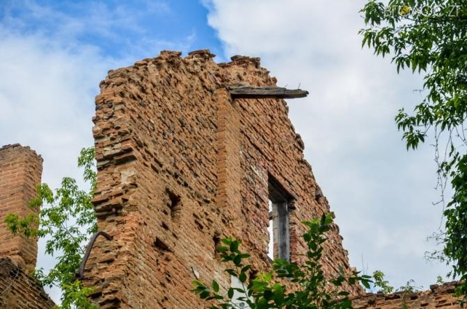 Житомиряни просять міськраду реставрувати найстарішу споруду у місті – келії Єзуїтського монастиря