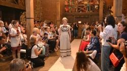 У замку-музеї «Радомисль» відбувся фестиваль-показ етнічного одягу ( ФОТО)