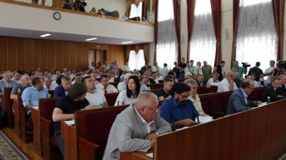 Депутати облради попросять парламент дозволити вільне носіння зброї