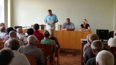 Новий керівник комунальної установи облради має 17 га землі та зводить два будинки