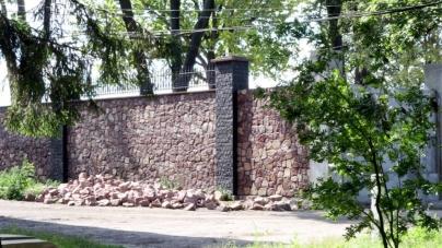 Новоград: поки міська рада «оформляє» Парк Перемоги, землю приватизовують під будівництво