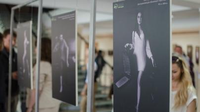 У Житомирі відкрили фотовиставку, яка привертає увагу до проблеми дискримінації