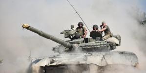 Танковий біатлон: на полігоні під Житомиром змагалися бригади ВДВ (ФОТО)