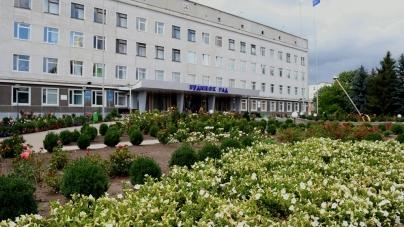 Секретар Новоград-Волинської міської ради заробляє більше, ніж мер Житомира