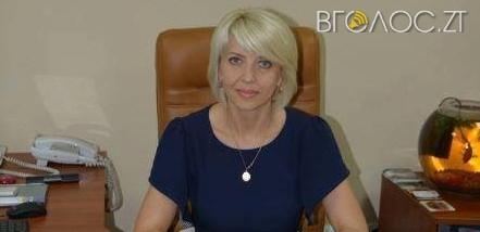 Секретар Новоград-Волинської міської ради заробила майже вдвічі більше за мера