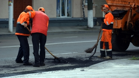 Житомир: стало відомо, на яких вулицях відремонтують дороги у цьому році (АДРЕСИ)
