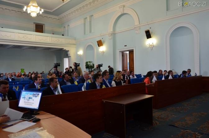 Міськрада подасть до суду на Кабмін через зарплати лікарям