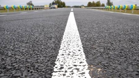 Облрада попросить Кабмін виділити понад 200 мільйонів на дорогу