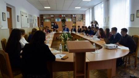 У Житомирі студенти говорили про «виклики часу» (ФОТО)