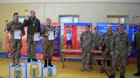Житомирські студенти перемогли у чемпіонаті з гирьового спорту (ФОТО)