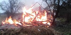 На Житомирщині чоловік дотла спалив будинок колишньої співмешканки