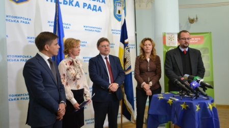 Угода мерів: як європейська ініціатива працює в Ужгороді та Житомирі