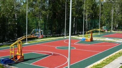 Депутат облради отримає майже 1,3 мільйони за будівництво баскетбольного майданчика у Хорошеві