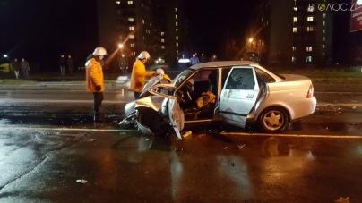 Дві аварії на Корбутівці: загинула жінка, двоє пасажирів авто травмовані (ФОТО)