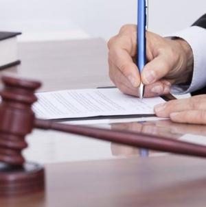 У Житомирі екс-полісмен отримав 5 років в'язниці за хабар