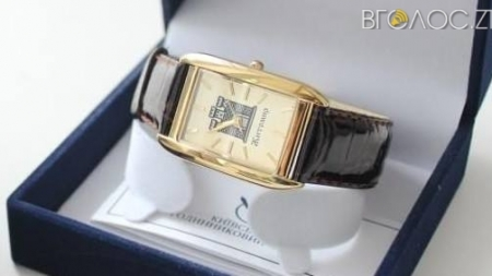 Житомирська міськрада придбала 20 нагородних годинників