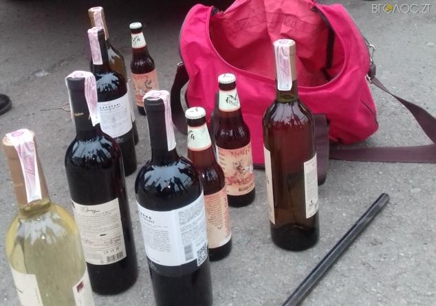 Щедрувальник: 32-річний житомирянин вдосвіта обікрав магазин алкогольних напоїв