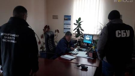 Заступника начальника залізничної станції «Бердичів-Житомирський» взяли під домашній арешт та одягнули браслет