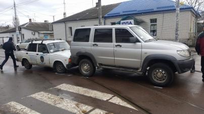 Зіткнення двох авто у Житомирі заблокувало рух трамваїв (ФОТО)