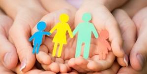 Торік в області усиновили 77 дітей, ще майже 800 чекають на нових батьків