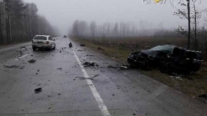 В Олевському районі сталася подвійна ДТП. Є постраждалі та загиблі