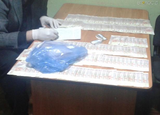 У Житомирі двох податківців засудили до п'яти років ув'язненняза хабар