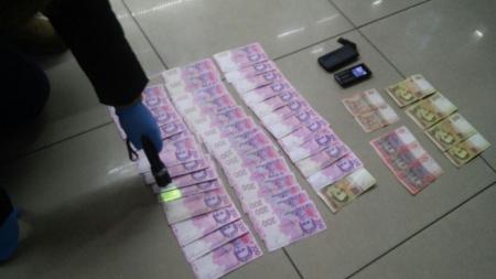 """На Житомирщині староста сільради, вимагав гроші за оформлення """"прописки"""""""