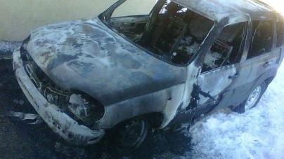 У Новоград-Волинському районі вщент згоріло службове авто лісівника