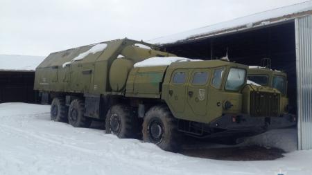 У Новоград-Волинському районі поліцейські викрили схему розкрадання військової техніки