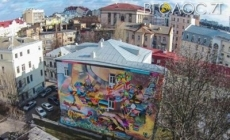 ФІШКА: Житомиряни просять міськраду залучати до оформлення будівель майстрів графіті