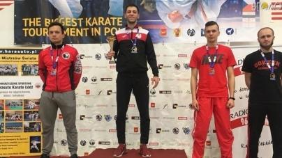 Три золоті медалі привезли з Польщі житомирські каратисти (ФОТО)