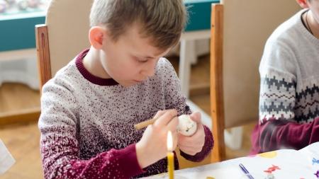У Домі української культури провели майстер-клас з писанкарства для дітей учасників АТО (ФОТО)