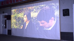 Кіно під відкритим небом: на Михайлівській житомиряни переглянули комедію «Шукайте жінку»