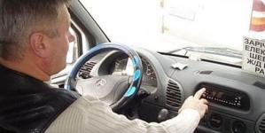 Перевізник возить не худобу, а людей, – жителі Тетерівки скаржаться на маршрут № 126