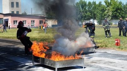 138 школярів змагалися з пожежно-прикладного спорту в Житомирі