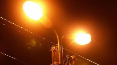 У Малині вирішили не вимикати на ніч вуличне освітлення