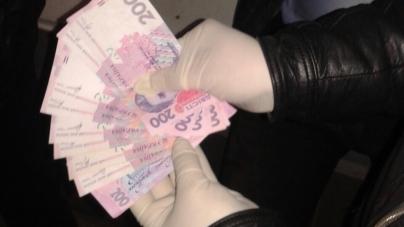 У Житомирі слідчого поліції засудили на п'ять років за хабар у 2 тисячі 500 гривень